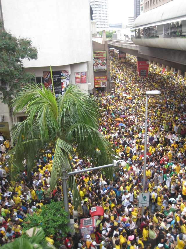 The crowd in front of Masjid Jamek, the closet I got to Merdeka Square