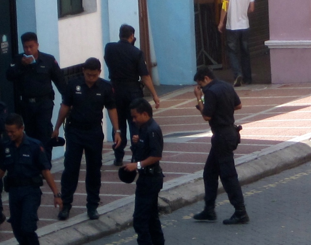Police hit by tear gas