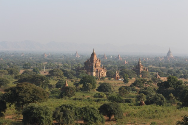 Pagodas in the last hour of sunlight, Bagan
